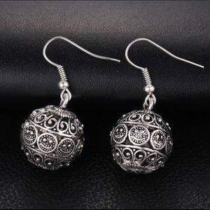Antiqued Silver Tone Bali Sphere Earrings NWT